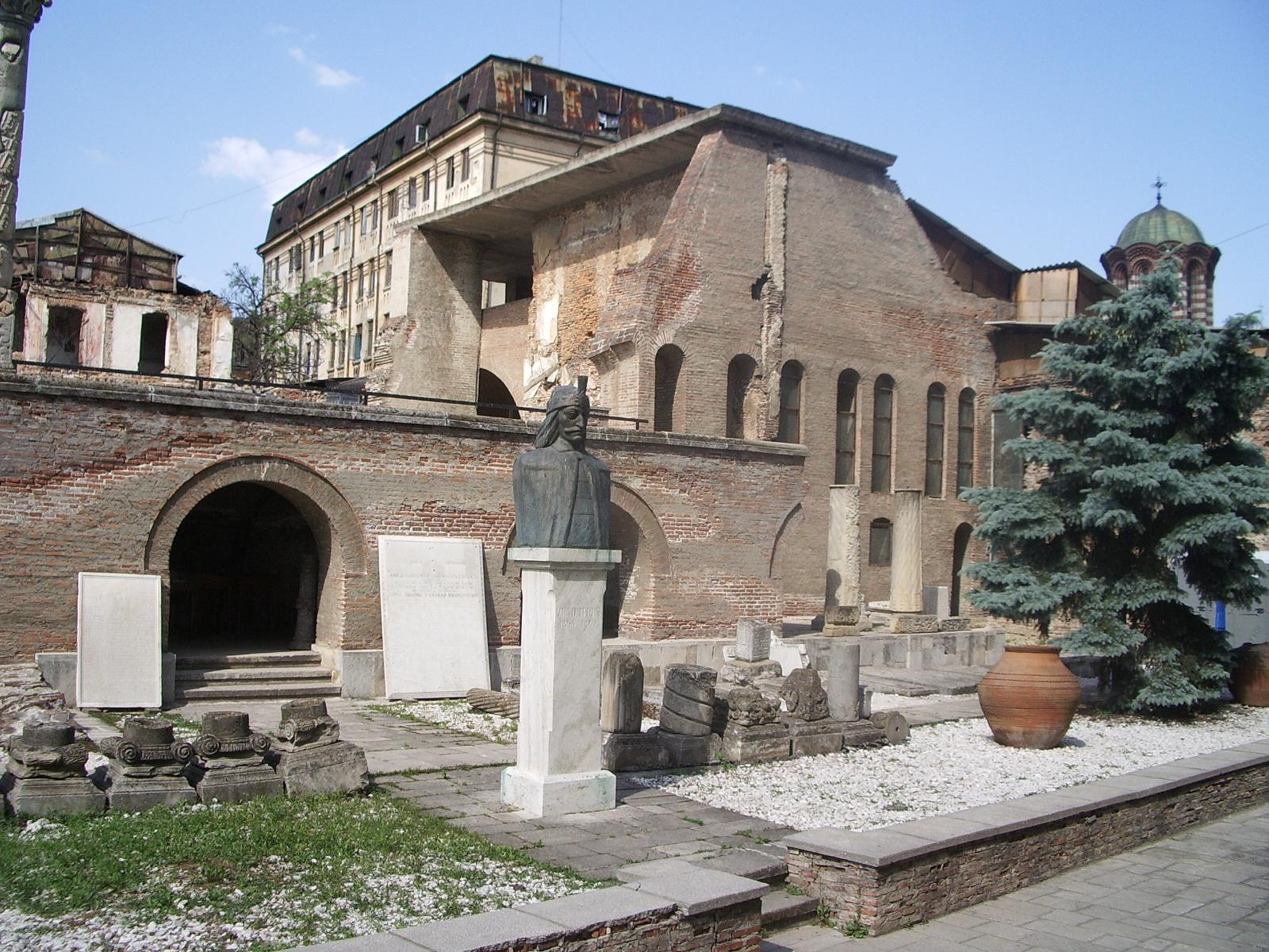 Curtea Veche, bijuteria din centrul istoric al Bucureştiului