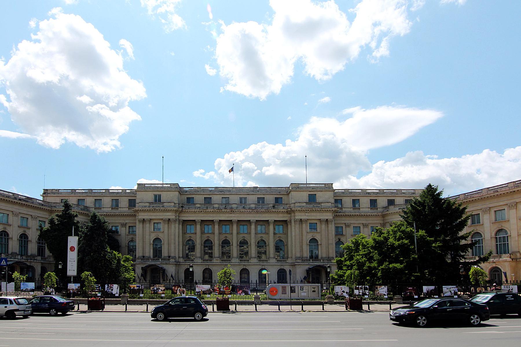 Curiozități despre Palatul Regal din București